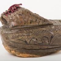 Chapín (calzado femenino).jpg
